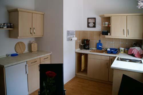 beschreibung und bilder unser ferienwohnung in g rlitz. Black Bedroom Furniture Sets. Home Design Ideas